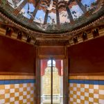Un-passo-allinterno-dell'eclettica-Casa-Vicens-di-Gaudí-Collateral-7