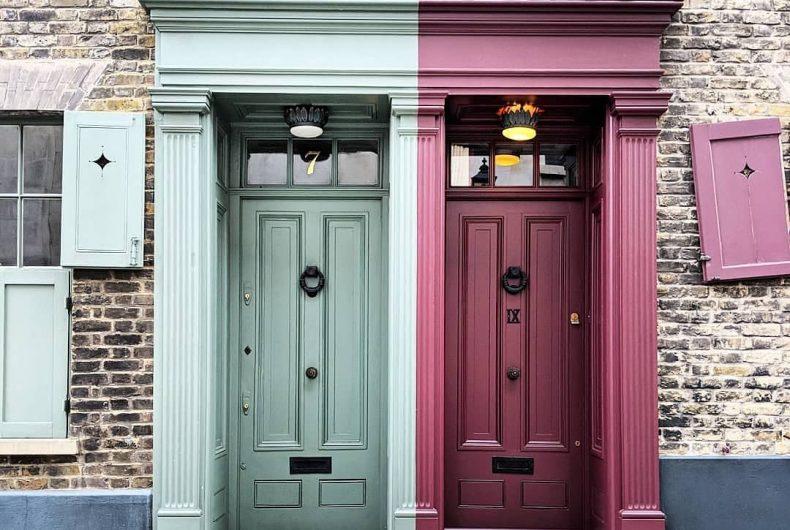 Le porte delle case di Londra sono le protagoniste degli scatti di Bella Foxwell