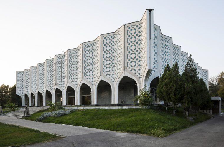 Just Buy it! Soviet Asia è il libro sull'architettura sovietica da avere assolutamente