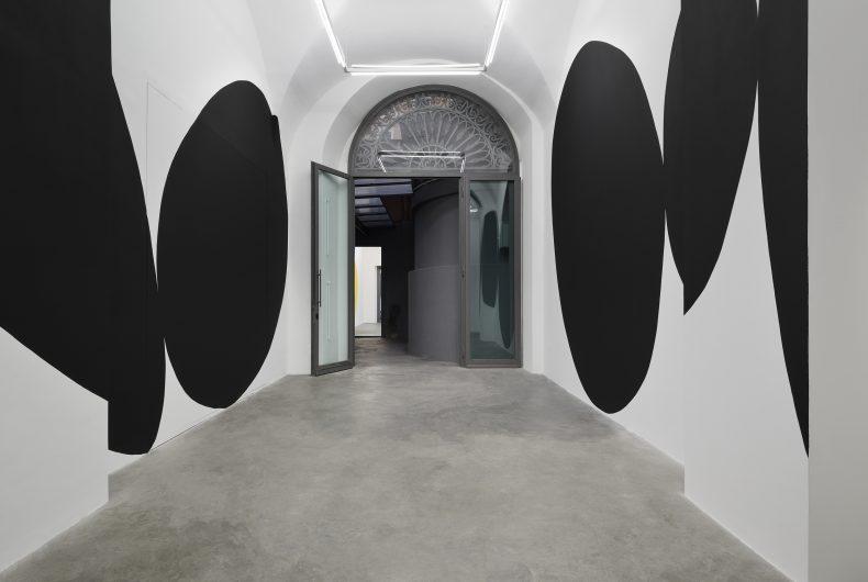 """Ainda não"" di André Mendes in mostra presso la galleria Matéria"