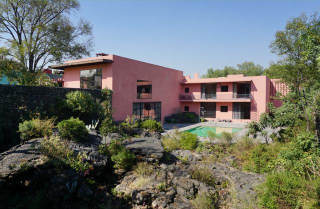 Casa Pedregal, la residenza progettata da Luis Barragàn.