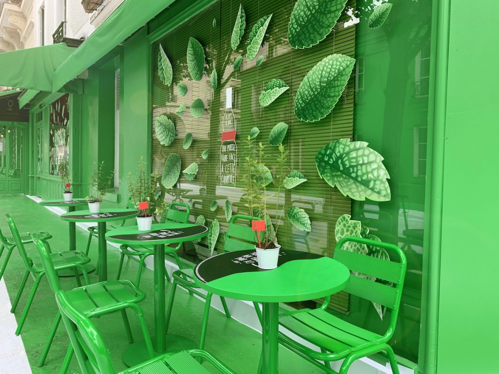 Dare.Win ha colorato di verde un'intera strada di Parigi | Collater.al
