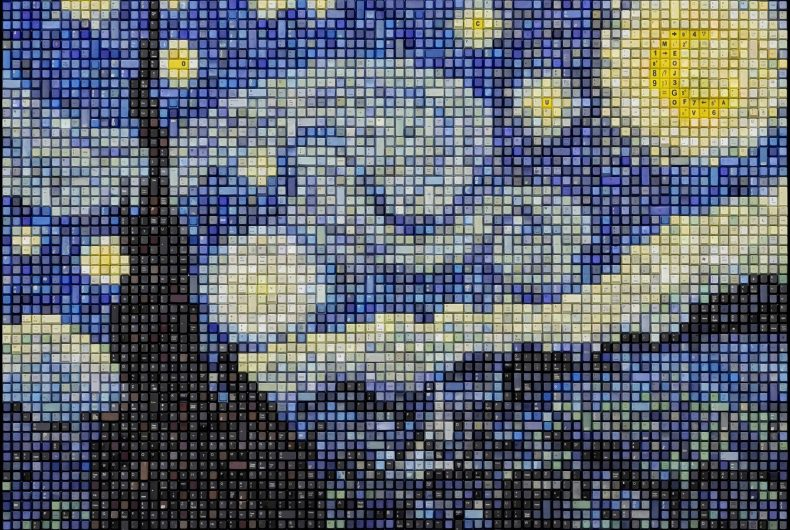 Erik Jensen e i mosaici nati dal riciclo di tastiere di PC
