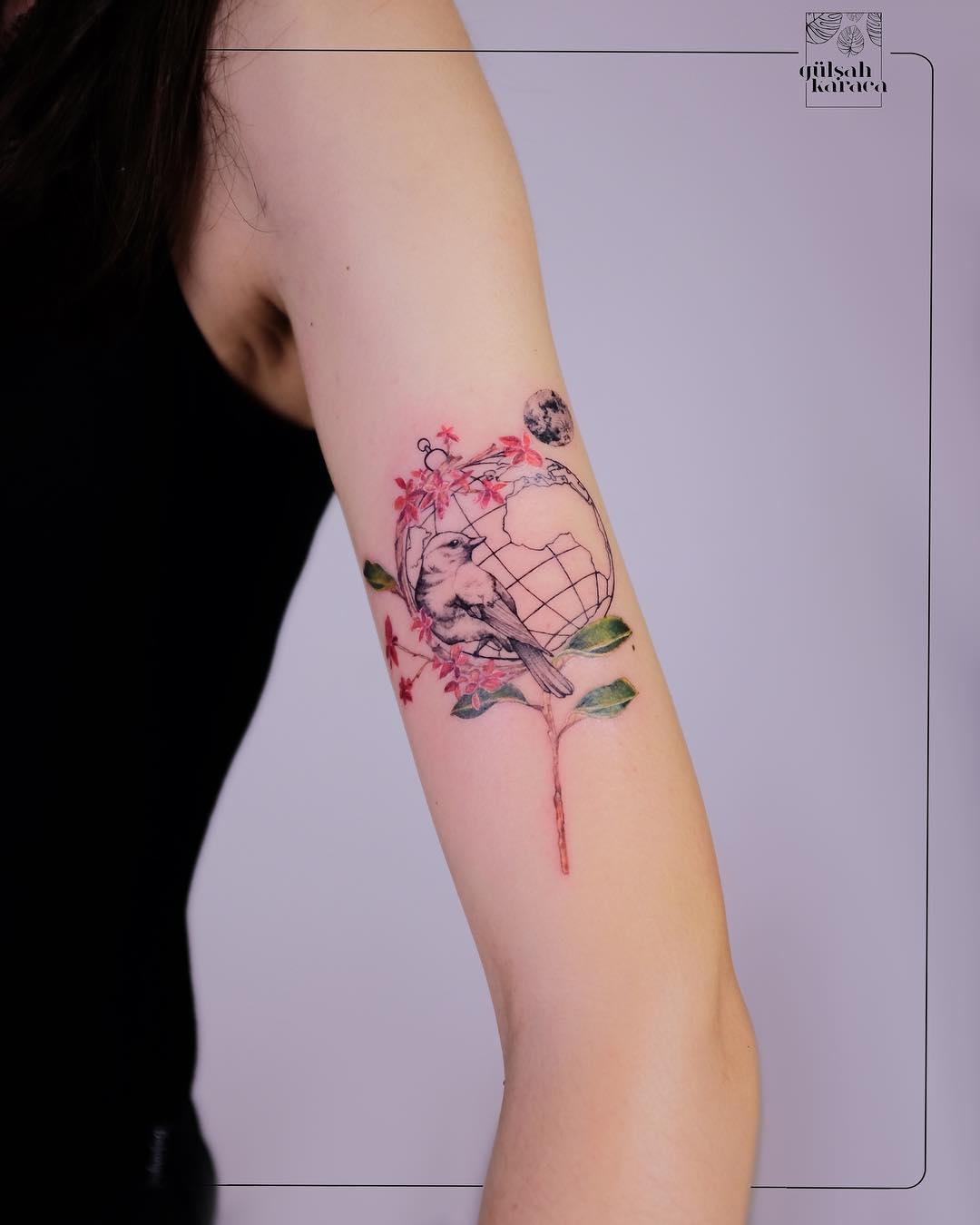 Gülşah Karaca, dalla biologia ai tatuaggi.