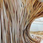 Hubris-Atë-Nemesis-l'ondata-di-legno-in-esposizione-al-CMCA-Collater.al-5
