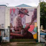 I-personaggi-nella-street-art-di-Pat-Perry-Collater.al_