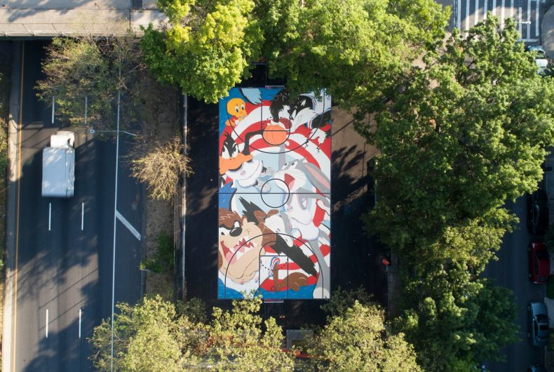 The Looney Tunes become a mural on a Williamsburg court