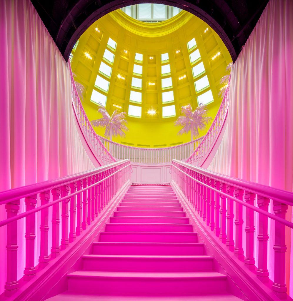 Louis Vuitton celebra 160 anni di collaborazione artistica | Collater.al