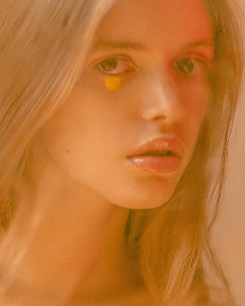 NSFW di Laurent Castellani, la sensualità è nel dettaglio | Collater.al
