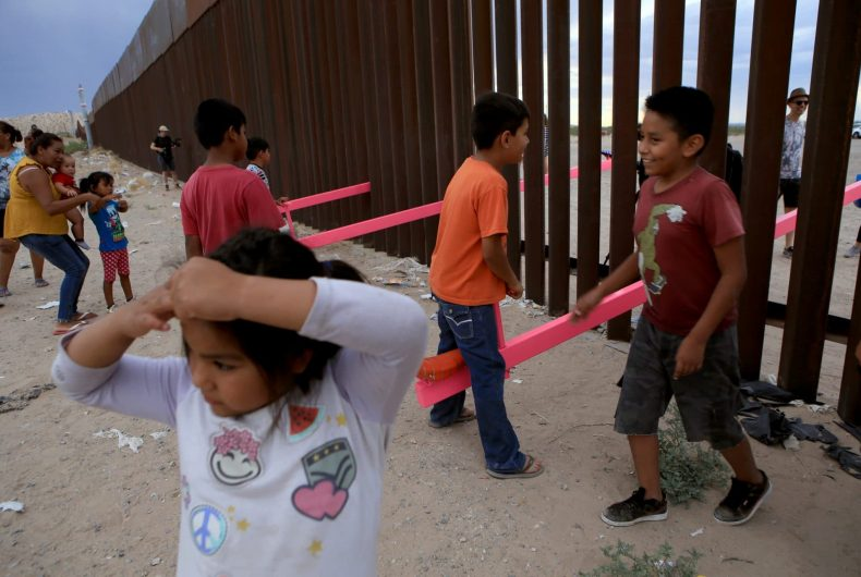 Teetertotter Wall, the US-Mexico border demolished by pink swings