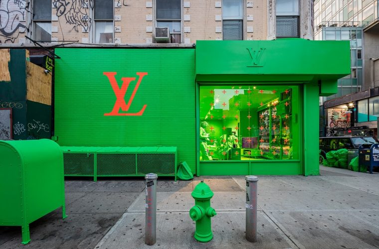 Ha aperto il pop-up store di Louis Vuitton e Virgil Abloh