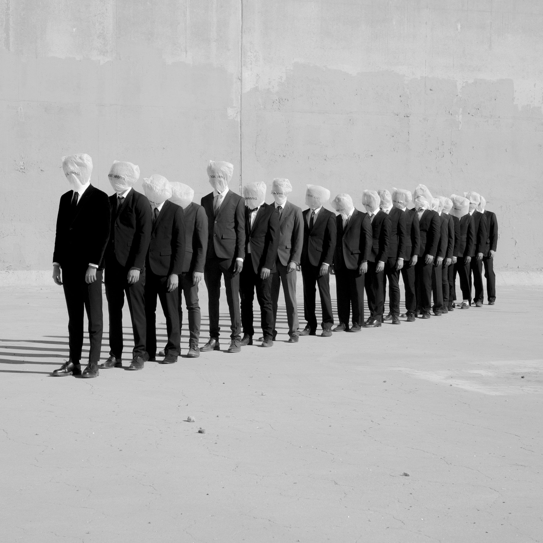 Alexandre Souêtre, il fotografo che esplora mistero e malinconia.