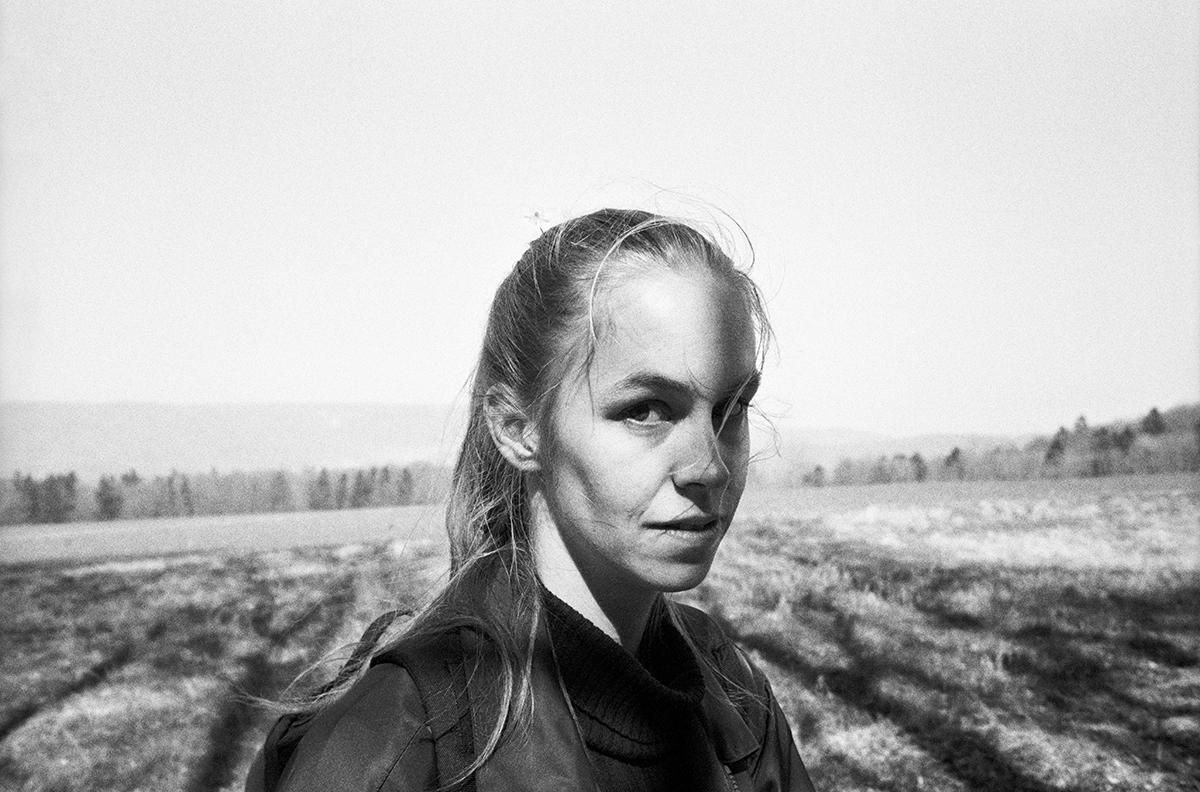 Alskling-gli-autoritratti-di-Jenny-Rova-scattati-dai-suoi-amanti-Collater.al-12