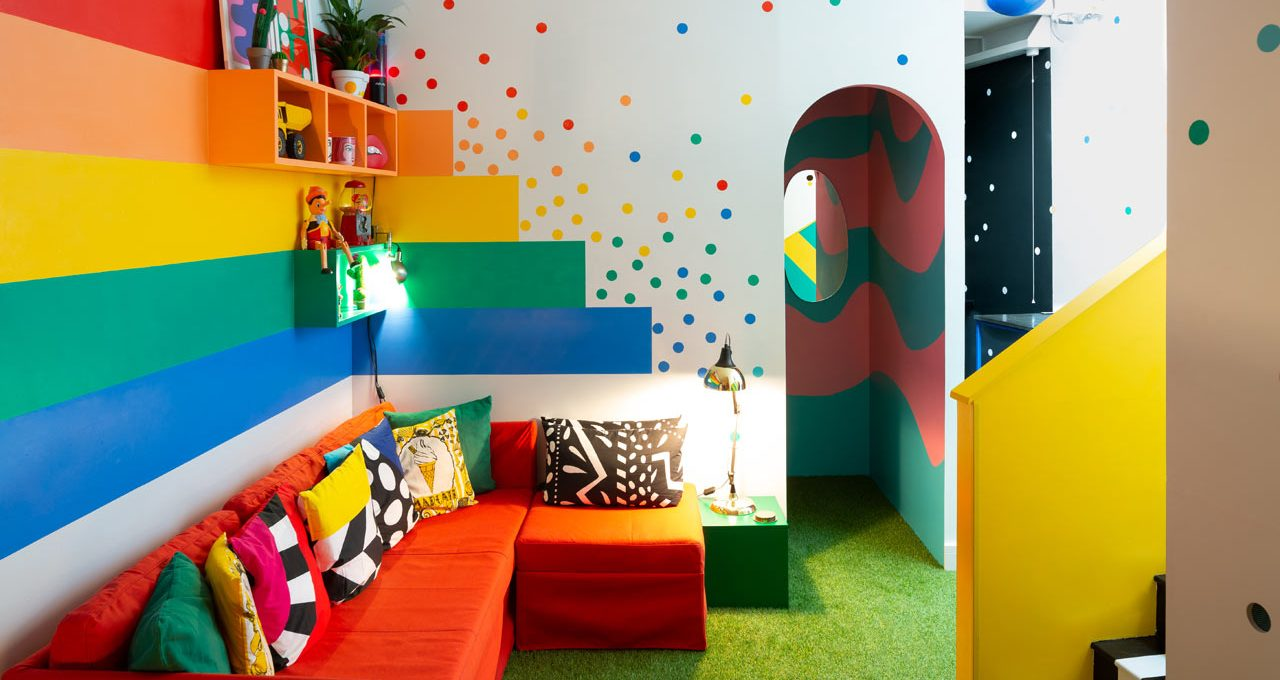 Big Bit, la casa dove si può vivere in un arcobaleno