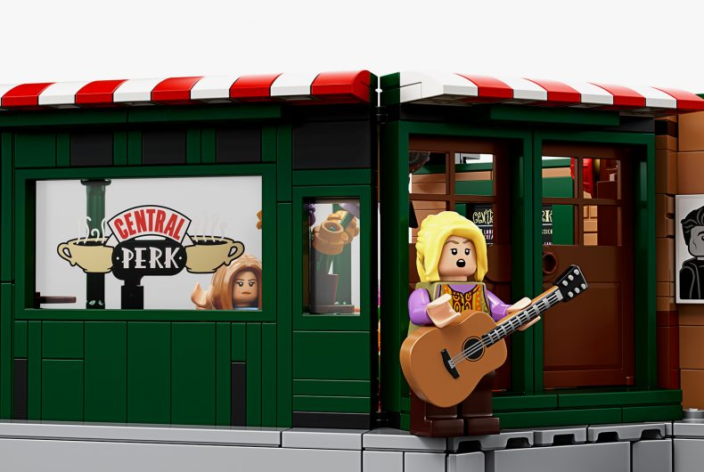 LEGO celebrates the 25th Anniversary of Friends with a brand new set