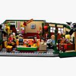 LEGO-dedica-un-set-a-Friends-per-i-25-anni-della-serie-Collater.al-5