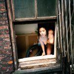 La fotografia sfrontata e intima di Sandy Kim. | Collater.al 12