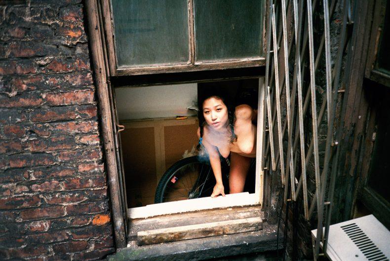 La fotografia sfrontata e intima di Sandy Kim