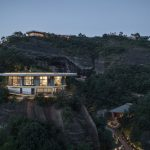 Eagle Rock Cliffs Hotel Duoxiangjie Architectural Design | Collater.al 2