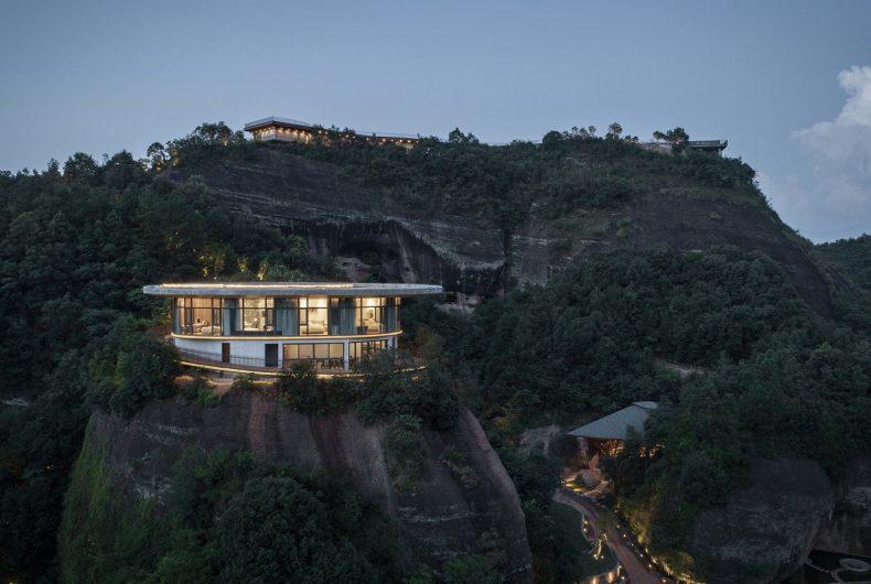 Eagle Rock Cliffs, l'hotel che segue le forme del paesaggio