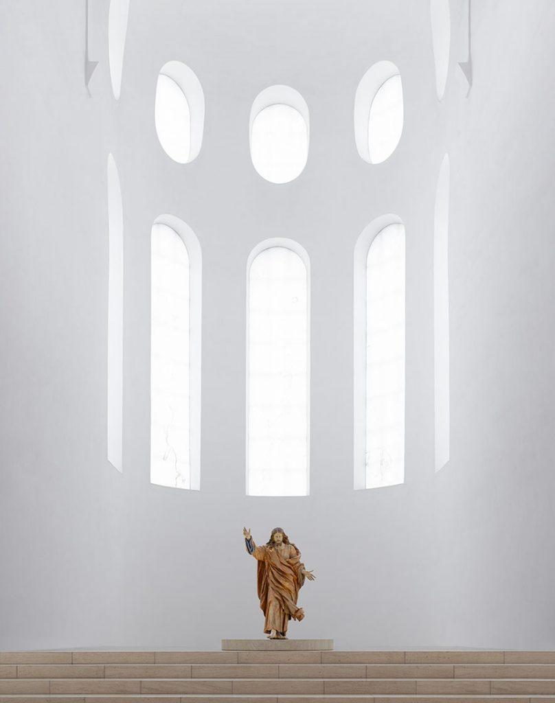 Il restauro minimal della chiesa di St. Moritz in Germania | Collater.al