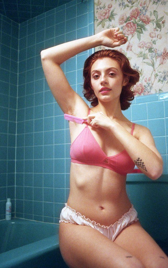 L'estetica glam negli scatti di Ashley Armitage   Collater.al