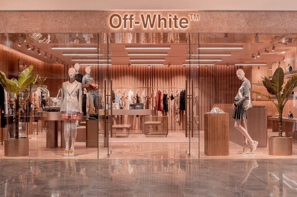 Off-White™ inaugura il suo nuovo store di Las Vegas | Collater.al