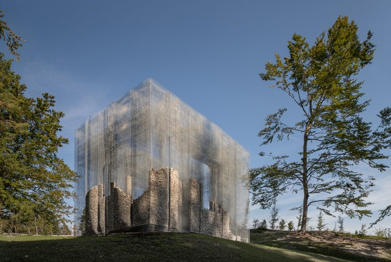 Simbiosi, Edoardo Tresoldi's installation for Arte Sella