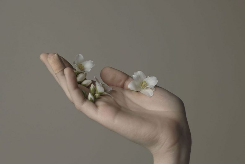 Truthness, le immagini NSFW di Evelyn Bencicova