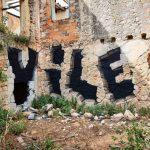 Vile-lo-street-artist-portoghese-che-illude-lo-spettatore-Collateral-6