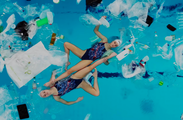 Swimming In It, dancing between water and plastic