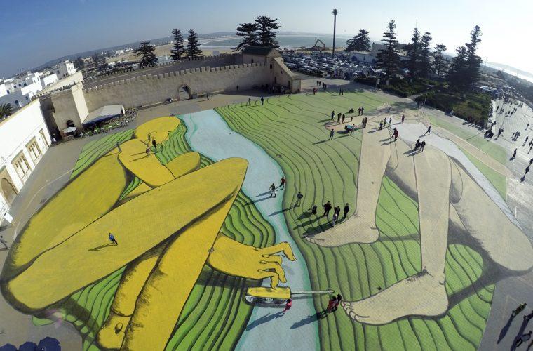 I corpi si intrecciano nei murales di Giacomo Bufarini aka RUN