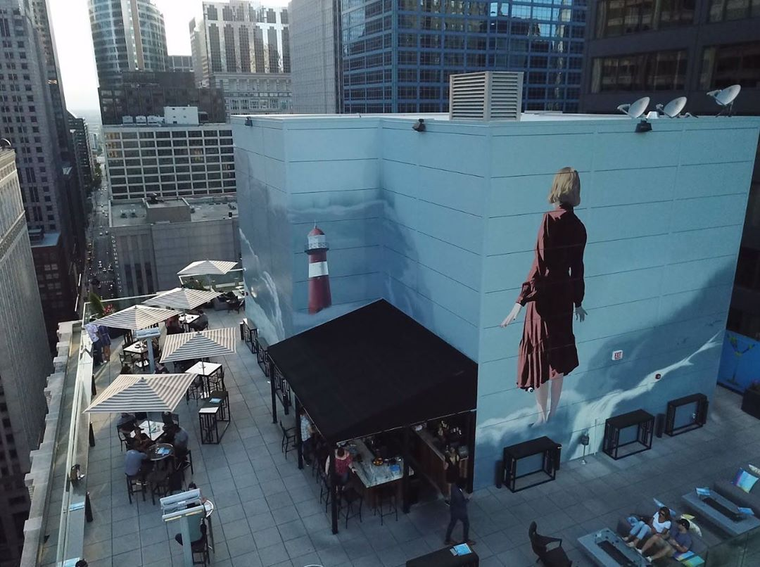 Grounded, Onur's mural that comes to life at night
