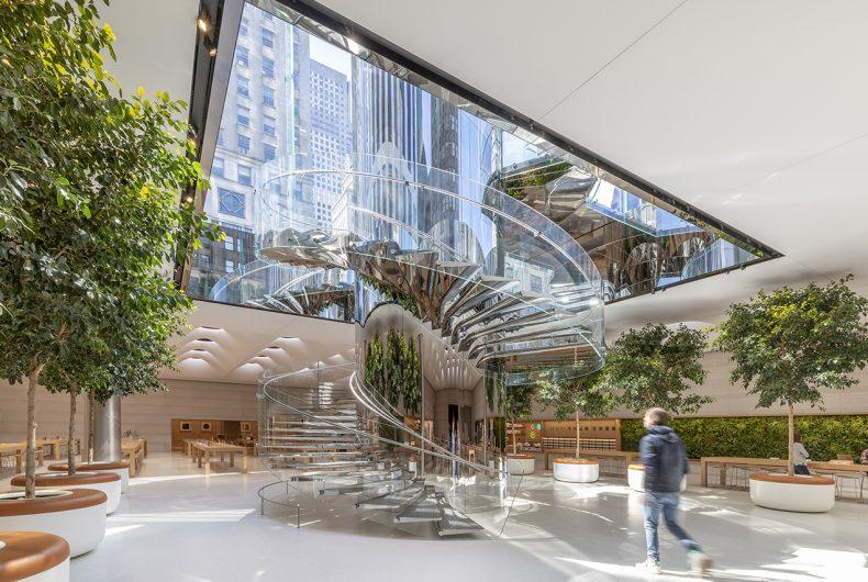 Il nuovo design dell'Apple Store della Fifth Avenue a New York