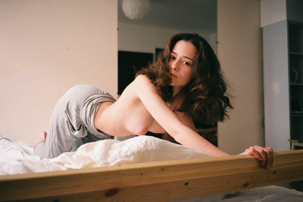 Female portraits by photographer Marat Safin aka maratneva | Collater.al