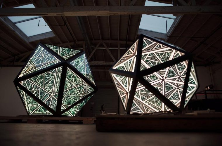 Portal Series, gli icosaedri infiniti di Anthony James