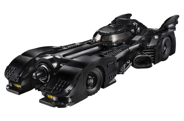 La Batmobile di Tim Burton può essere tua, ma in LEGO