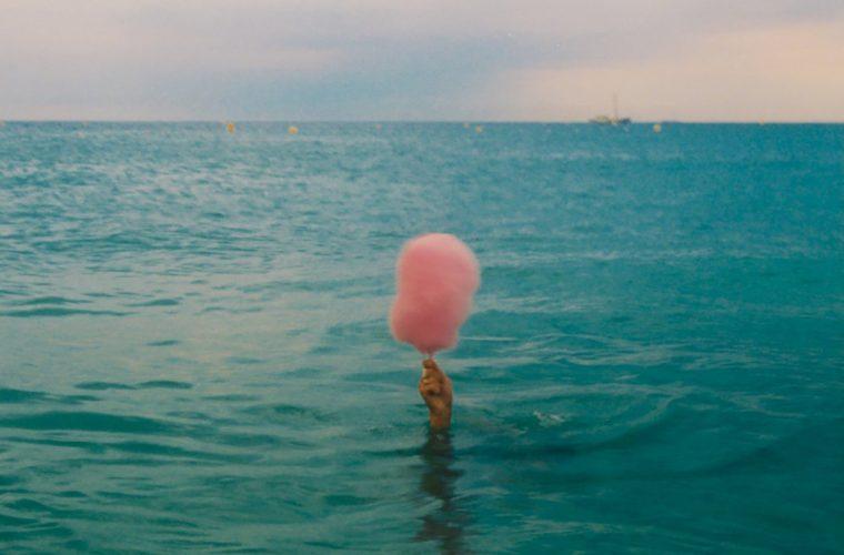 Il calore dell'estate nelle immagini di Emma Louise Swanson