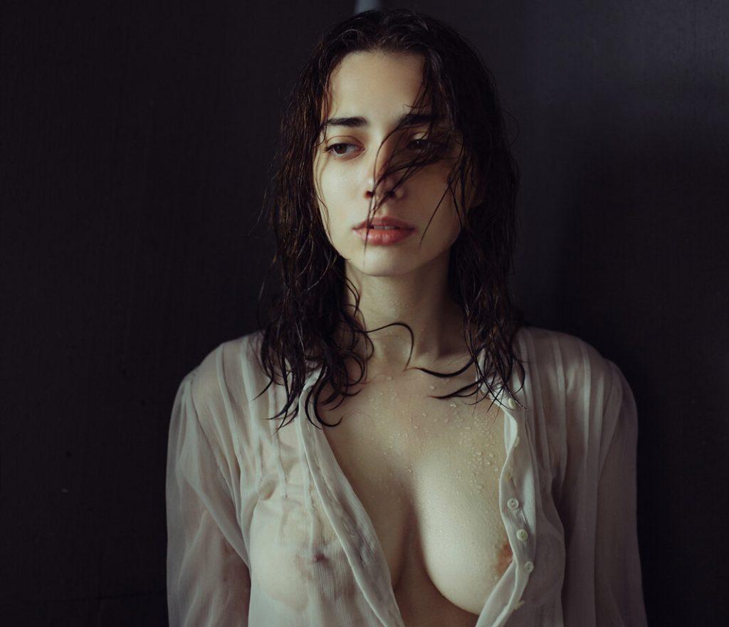 Ihor Ustynskyy's portraits exalt femininity