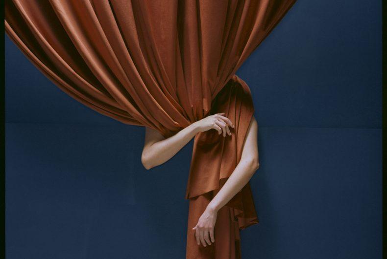 Ausentes, il minimalismo sensuale di Rodrigo Chapa