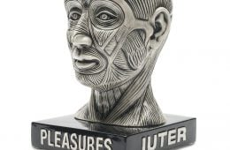 Bowl Head, the new sculpture by IUTER x Pleasures