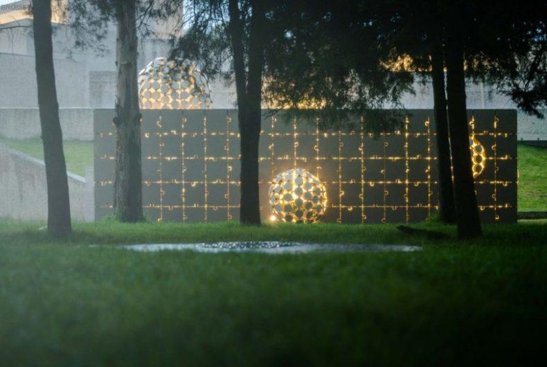 Egaligilo, the pavilion designed by Gerardo Broissin