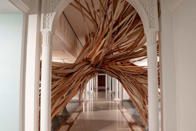 Study in Pattern, l'installazione in legno di Wade Kavanaugh e Stephen B. Nguyen