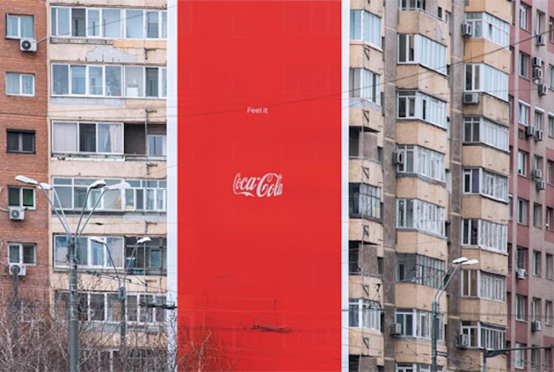 La nuova invisibile pubblicità di Coca-Cola