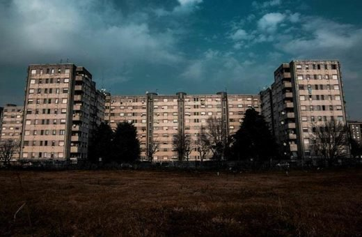 The Instagram profile that tells about public housing