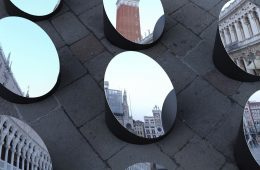 AZIMUT, the architecture of Venice fragmented with mirrors