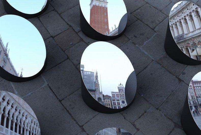 AZIMUT, l'architettura di Venezia frammentata con gli specchi