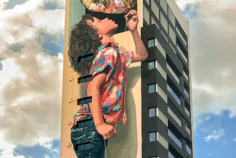 Martin Ron, l'artista che regala una seconda vita ai palazzi