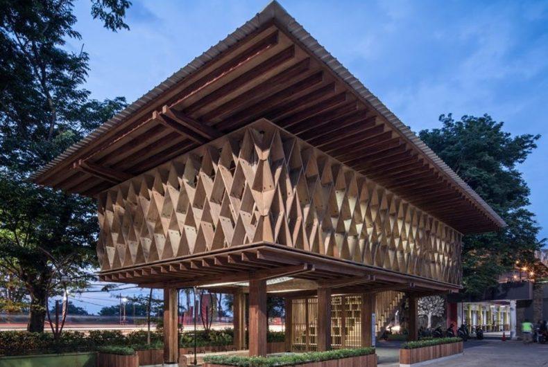 Warak Kayu, the micro-library in Indonesia