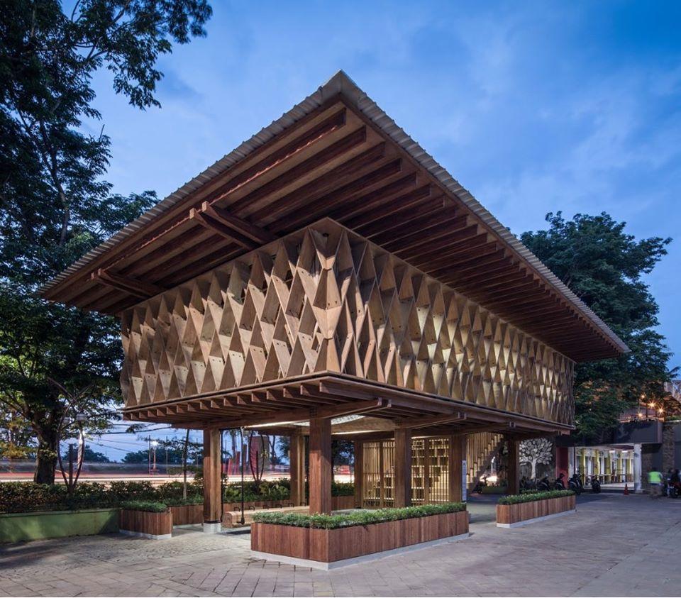 Warak Kayu, the micro-library in Indonesia | Collater.al